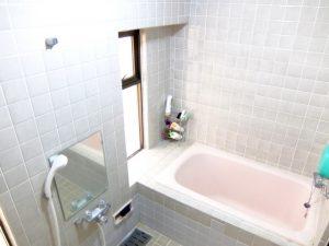 既存在来工法浴室から新規ユニットバスへのリフォーム